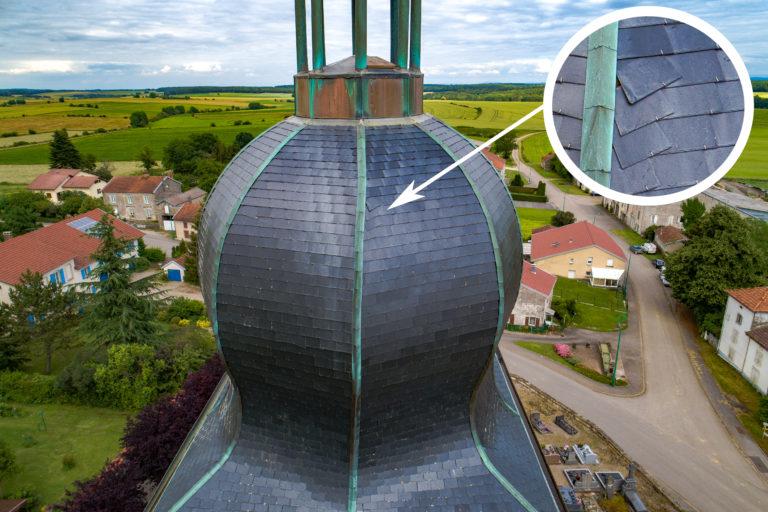 Inspection aérienne d'un clocher par drone Vosges